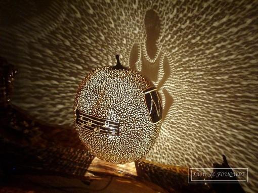Calebasses en guadeloupe des lampes fabriqu es la main for Lampe de chevet anglais