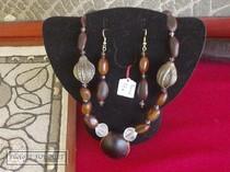 gwada graines, artisan, guadeloupe, graines, bijoux, colliers, tableaux, malendure